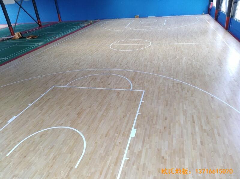 江苏江阴市榜样体育俱乐部体育木地板铺装案例